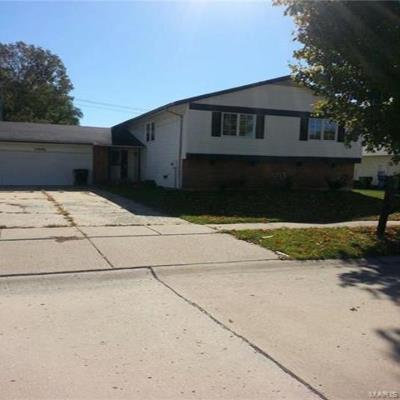 15646 92nd Ave, Florissant, MO 63034