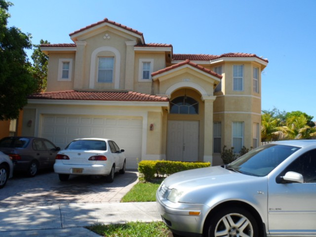 10837 Sw 242nd St, Homestead, FL 33032