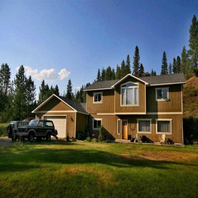 6622 Lake Forest Drive, Nine Mile Falls, WA 99026